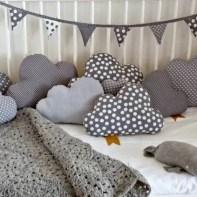 almofadas na decoração do quarto das crianças 8