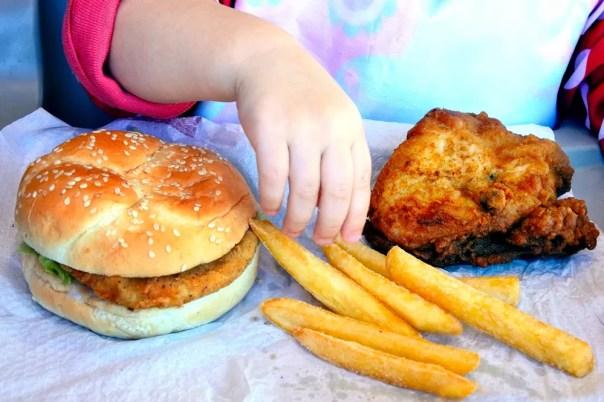 Dá para mudar a alimentação das crianças?