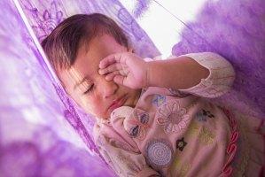 como melhorar a soneca do bebê