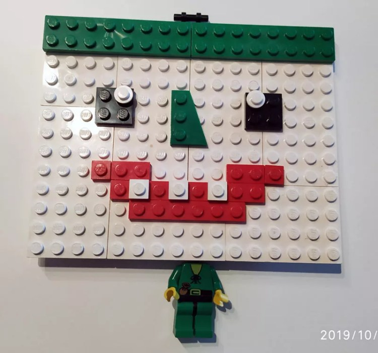 Joker Gesicht aus Lego