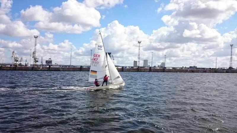470er segeln in Rostock