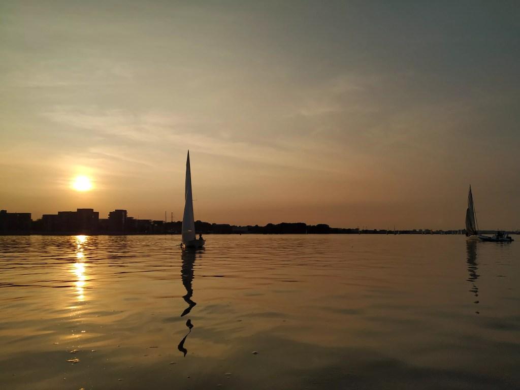 Freitagsregatta Rostock sommerliche Flaute