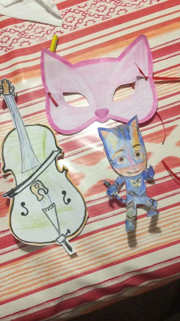 Pigiamini e violoncello