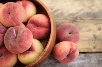 Peaches ροδακινα