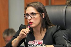 Assembleia Legislativa tem pela primeira vez uma mulher na presidência após 37 homens ocuparem a cadeira desde 1835 74