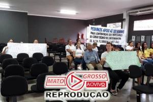 Profissionais do Secitec fazem manifesto na Câmara e reivindicam recursos para que a unidade escolar não feche as portas 94