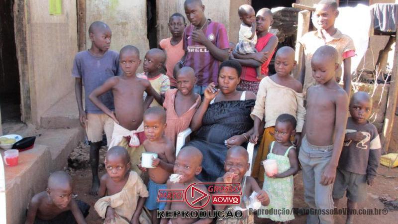 VÍDEO | Mulher com ovário anormal é Mãe de 44 filhos aos 39 anos em Uganda 65
