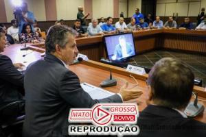 Governador de Mato Grosso diz a sindicalistas que, se tudo der certo, servidores terão salários em dia em Julho, senão em Dezembro 67