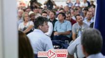 Deputado Federal de Mato Grosso convidado pra audiência pública finge que tá prestando atenção, mas, assiste Netflix pelo celular 173