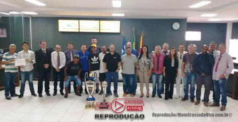 Atletas da Copa centro America homenageados na Cãmara municipal de alta floresta