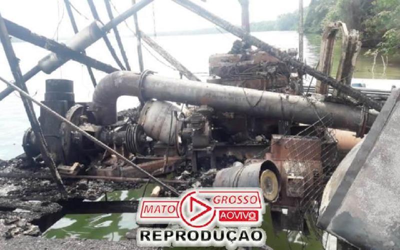 Garimpeiros próximos a Usina de São Manoel, no Rio Teles Pires, são retirados a força e balsas queimadas pelo Ibama 85