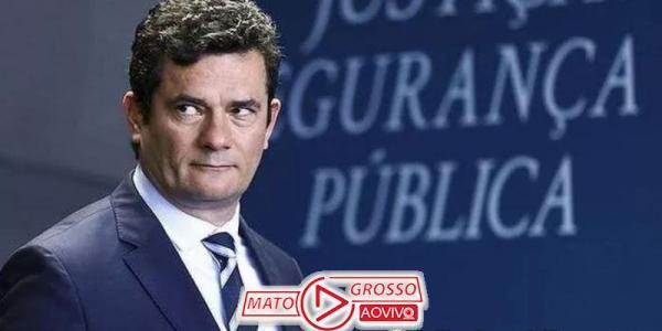 Sergio Moro pede a Augusto Aras que PGR investigue, com apoio da Polícia Federal, depoimento de porteiro 44