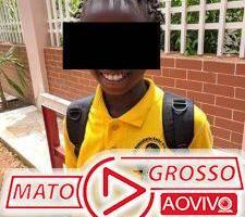 A foto de uma menina usando uniforme com a foto do Lula em Guiné-Bissau é real? 65