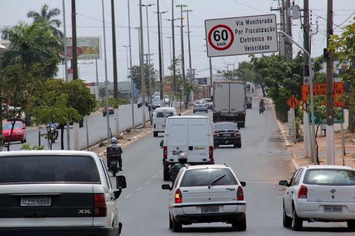 Horário do comércio pode ser alterado em Cuiabá para evitar concentração do trânsito em horários de pico