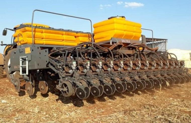 Com chuvas favoráveis , ritmo de plantio da soja em MT é o maior em dez anos