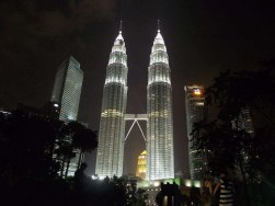 Saya ambil gambar ni bila cuti kat Malaysia kali pertama tahun 2012 :)