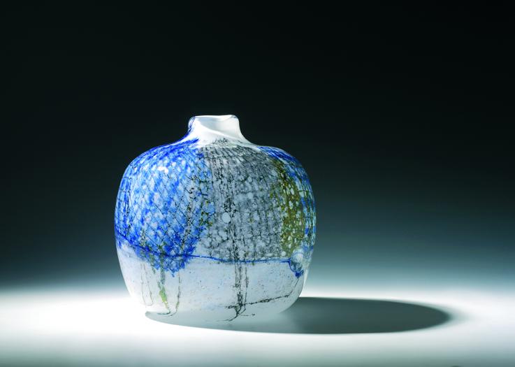 Benny Motzfeldt. Vase. Utført ved PLUS glasshytte. 1978. (Foto: Blomqvistkunsthandel)