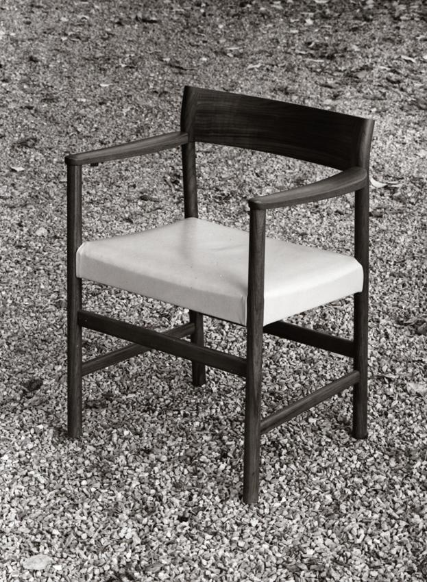 Arne Halvorsen. Modell: 10. Produsert av L. Jacobsens Møbelsnekkeri. 1960.