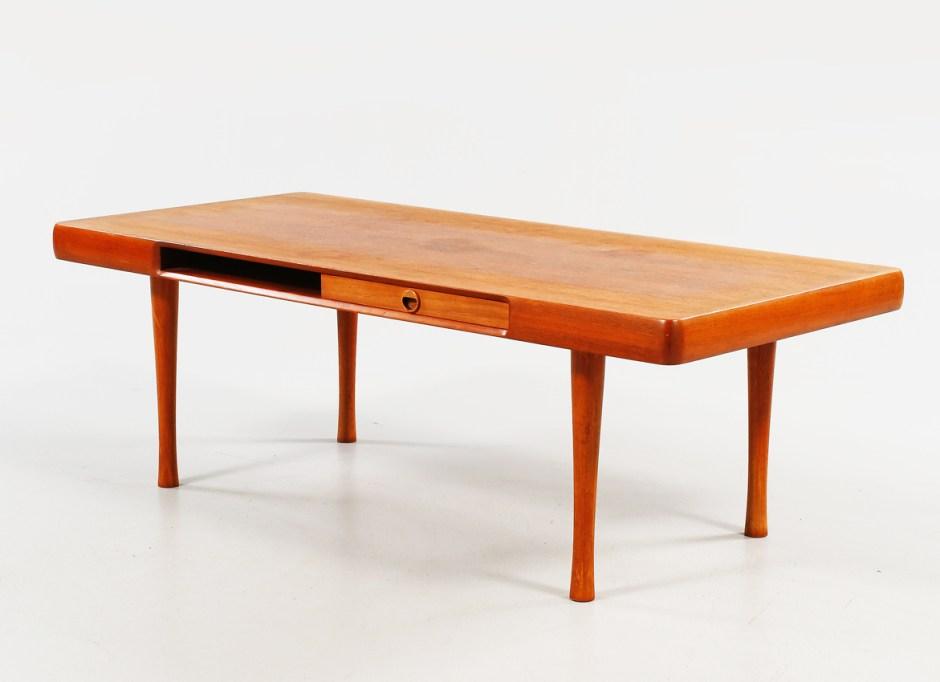 Karl Edv. Korseth. Modell: 457. Produsert av Ganddal Møbelfabrikk. (Foto: Bukowskis)