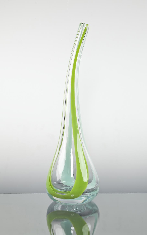 Kathinka Dysthe. Vase. Modell: Anemone. Utført ved Magnor. H. 48. Kr. 300. (NLM Gjenbruk – Sarpsborg)
