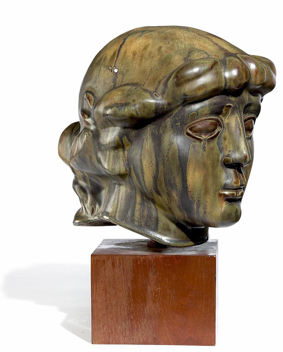 Axel Salto. Buste forstillende Diana. Utført ved Saxbo. Ca. 1931-32. (Foto: Bruun Rasmussen)