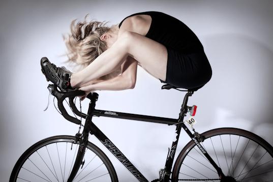 mat-smith-photography-cyclist-judith-portrait-on-bike-london