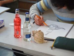 モチーフは瓶と貝殻