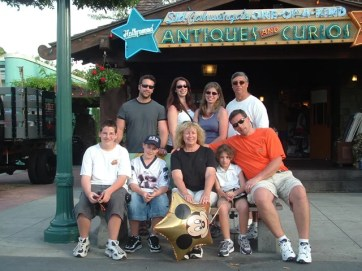 Fla06Our-family