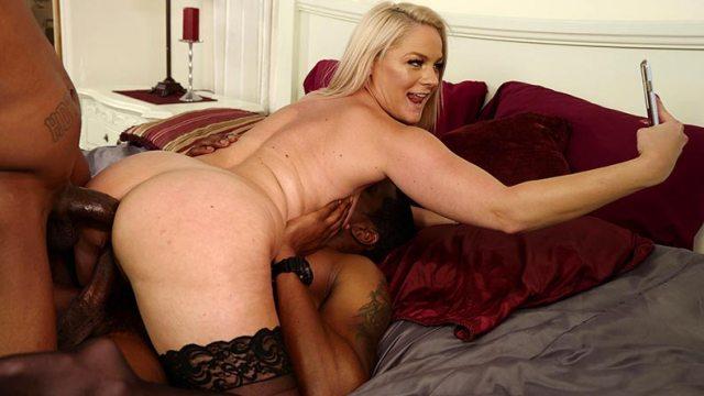 Mature wife Lisey Sweet having fun with black cocks