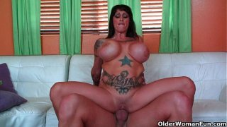 Big titted milf Deja Voo gets her melons creamed