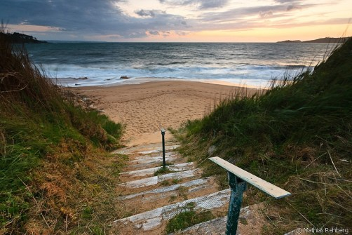 crozon-bretagne-treppe-strand-frankreich