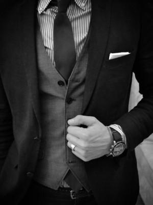 gravata lisa- camisa estampada