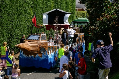 Maulden Summer Float Parade