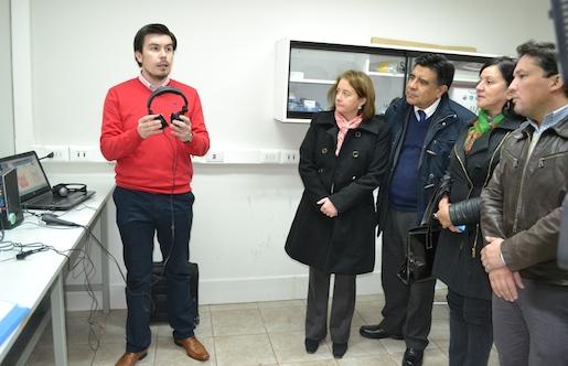 Convenio entre Senadis y UTAL beneficiará a 200 personas con discapacidad auditiva en el Maule