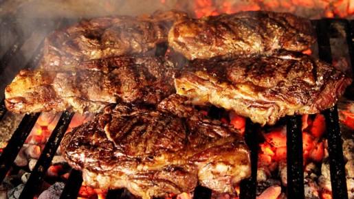 Camino a la Copa América: 6 cosas que no debes olvidar a la hora de preparar y comer carne