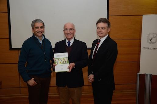 Libro recoge la historia de la fruticultura en Chile y el mundo