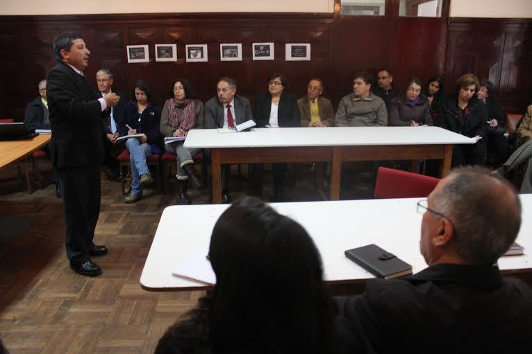 Directores de establecimientos educacionales de Cauquenes participaron en Asistencia Técnica efectuada por la Supereduc