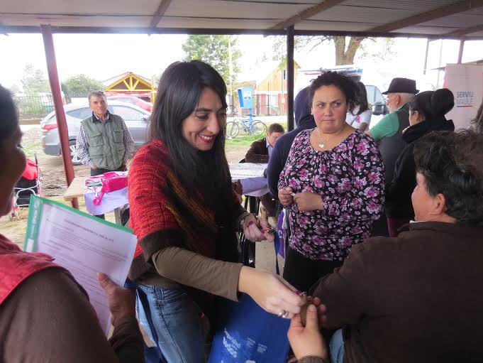 """Programa """"Gobierno Presente"""" se llevó a cabo en el sector Los Castaños de Curicó"""