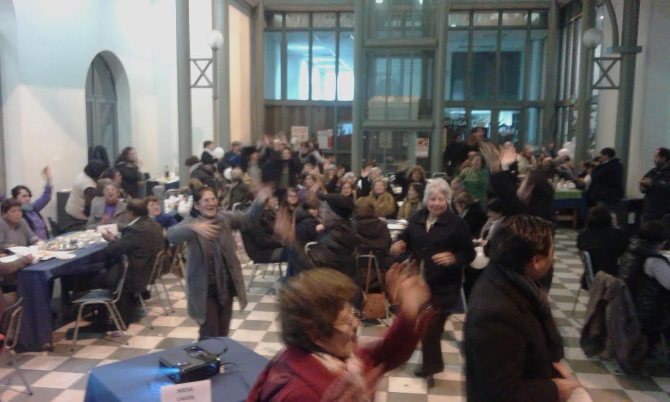 Adultos Mayores de la Provincia de Linares conmemoraron el Día contra el Maltrato con Pub Karaoke