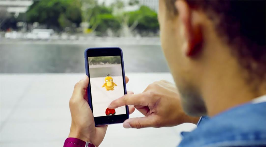 Experta UTALCA explica el tipo de adicción que puede generar Pokémon Go en Chile