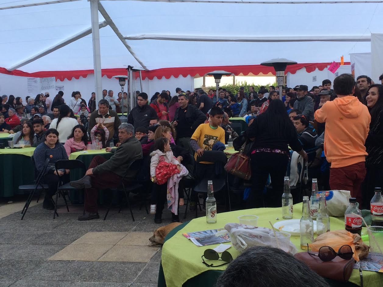Con gran éxito se desarrolló la primera feria gastronómica y artesanal Vive Iloca 2016