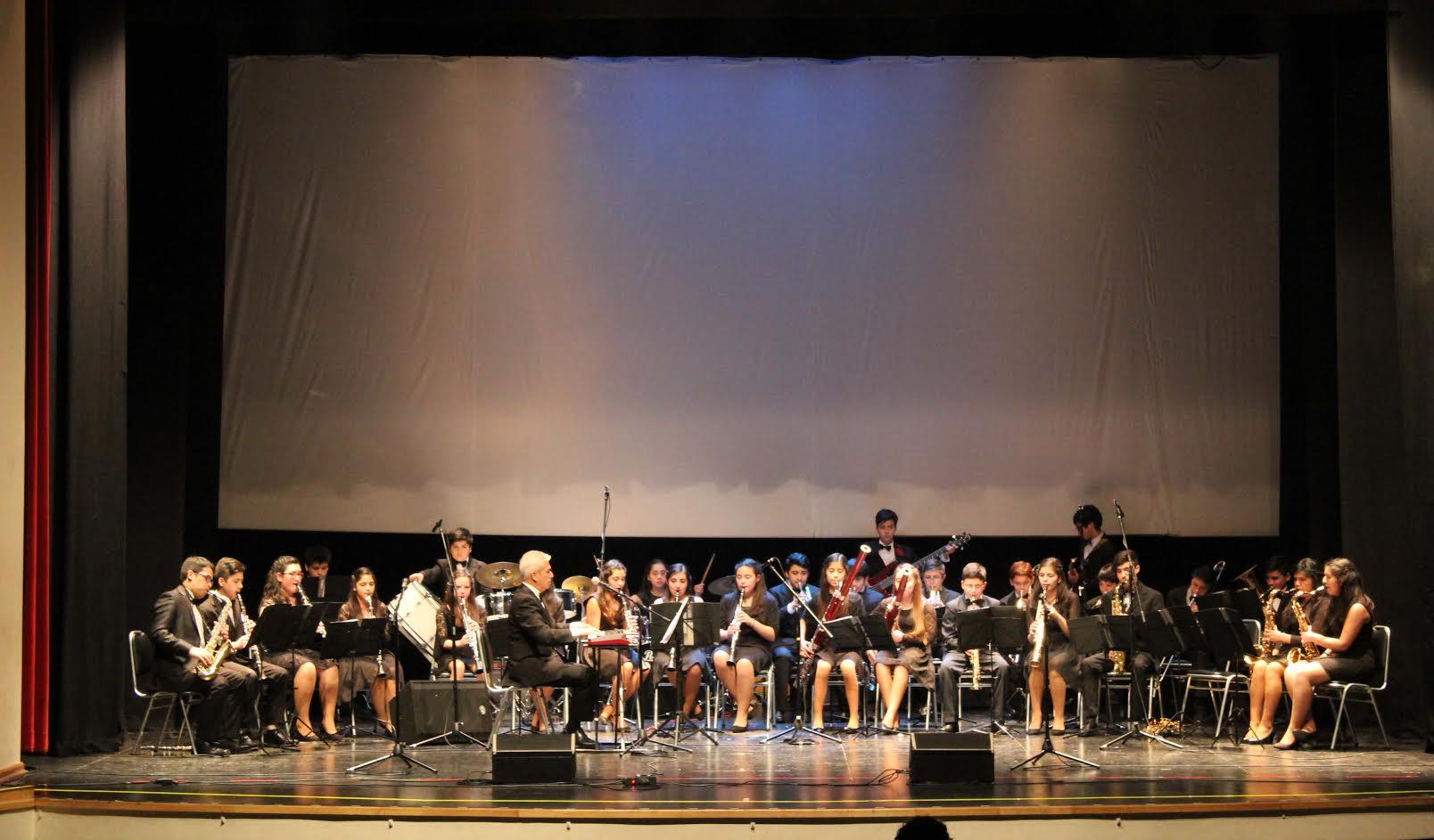 Banda Instrumental de Concierto de Puerto Montt se prentó en Linares
