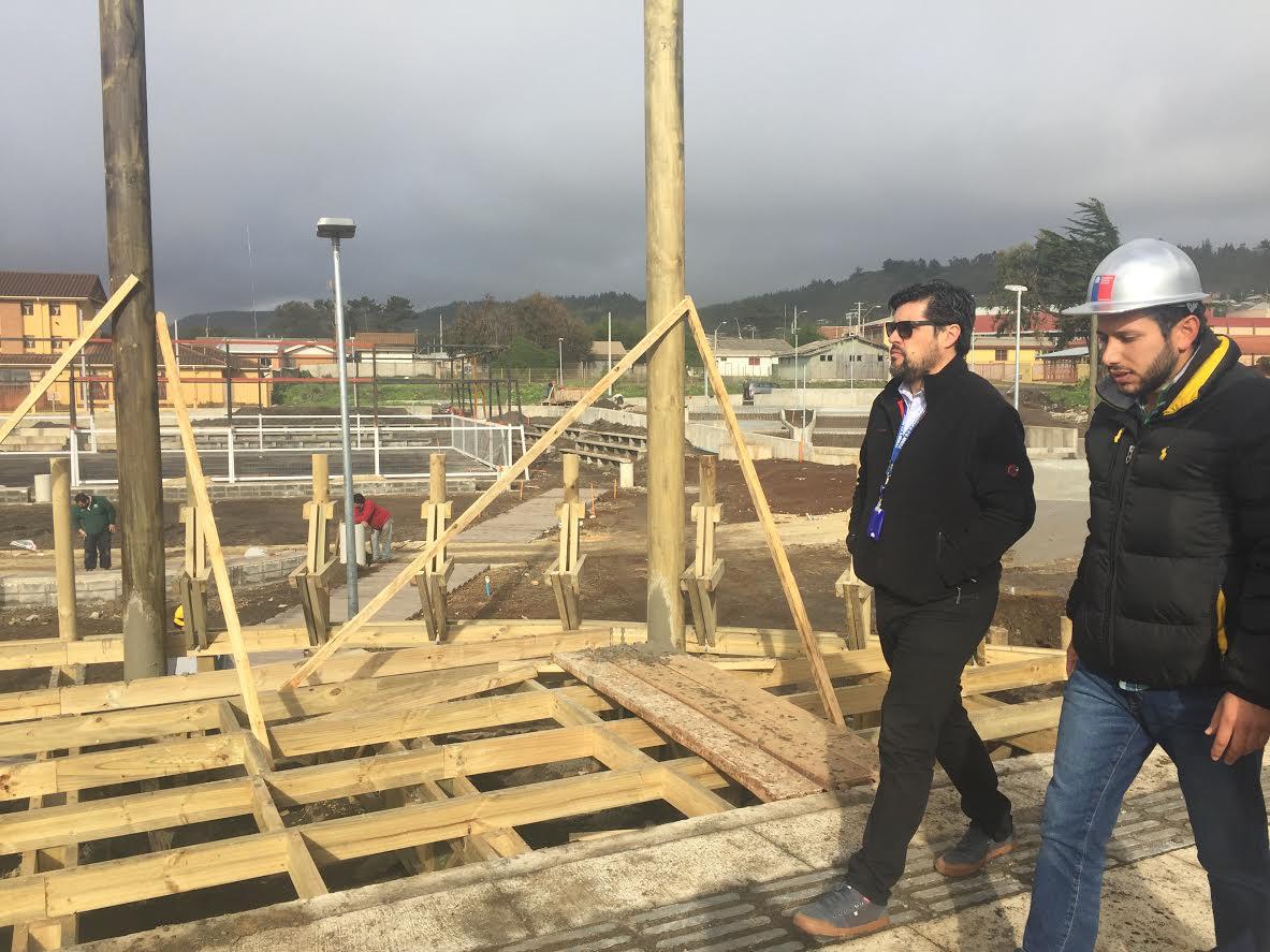 En la recta final se encuentra construcción del Parque Costanera en Pelluhue