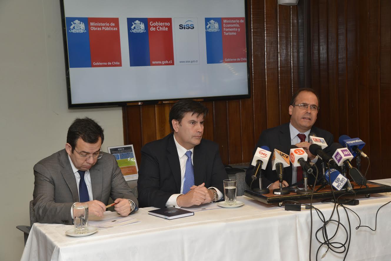 Gobierno anuncia acuerdo para mantener tarifas de agua potable en el Maule y otras 5 regiones