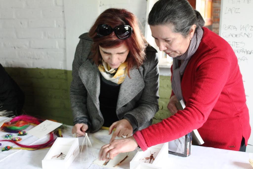 Artesana de Rari recibe reconocimiento de excelencia internacional
