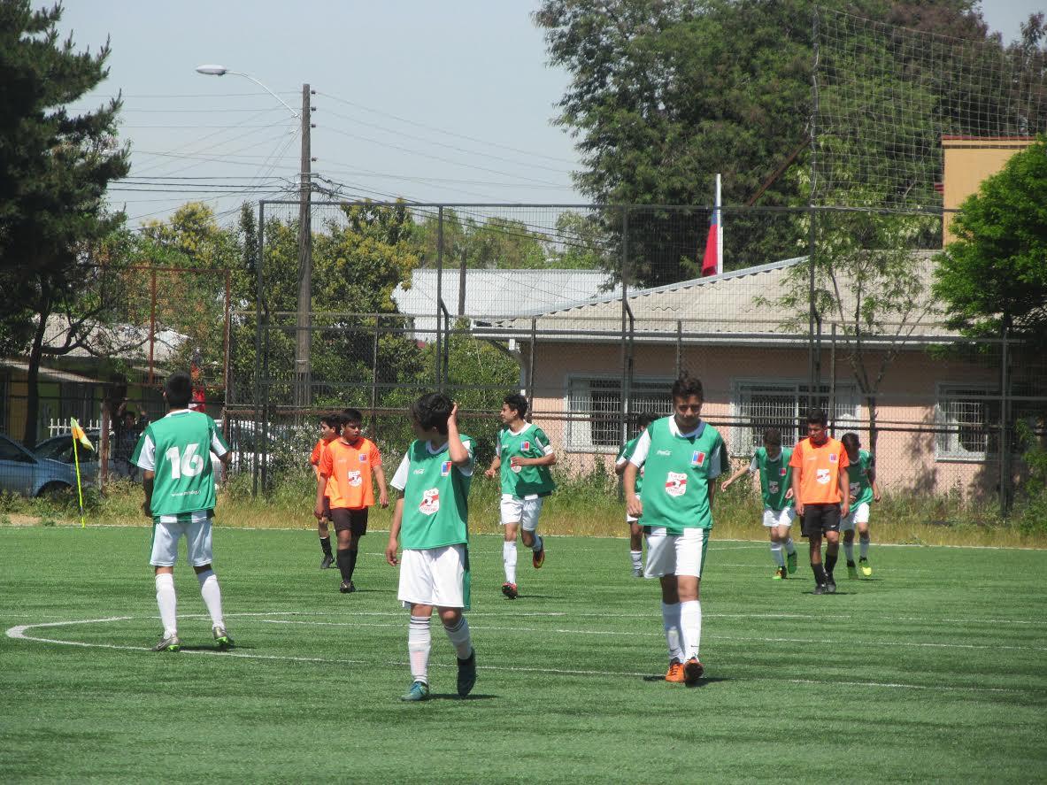 Liceo Abate Molina e IRFE Santa Cruz disputarán la gran final