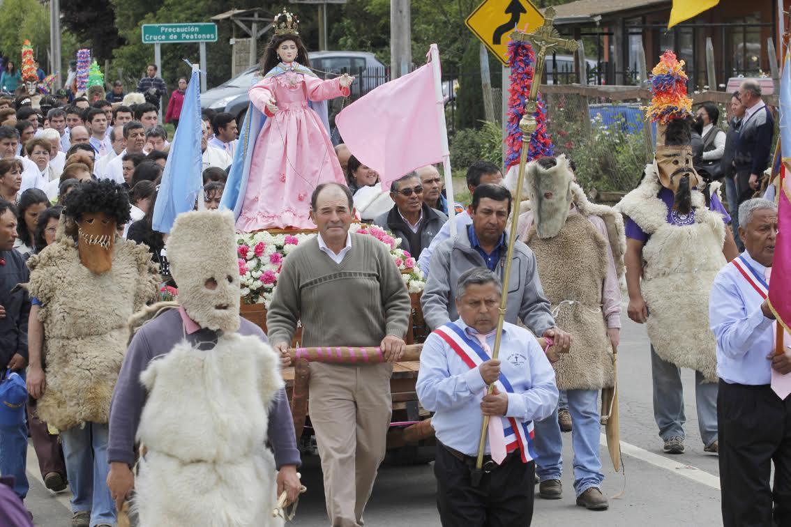 Este domingo celebrarán a la Virgen del Rosario en Lora