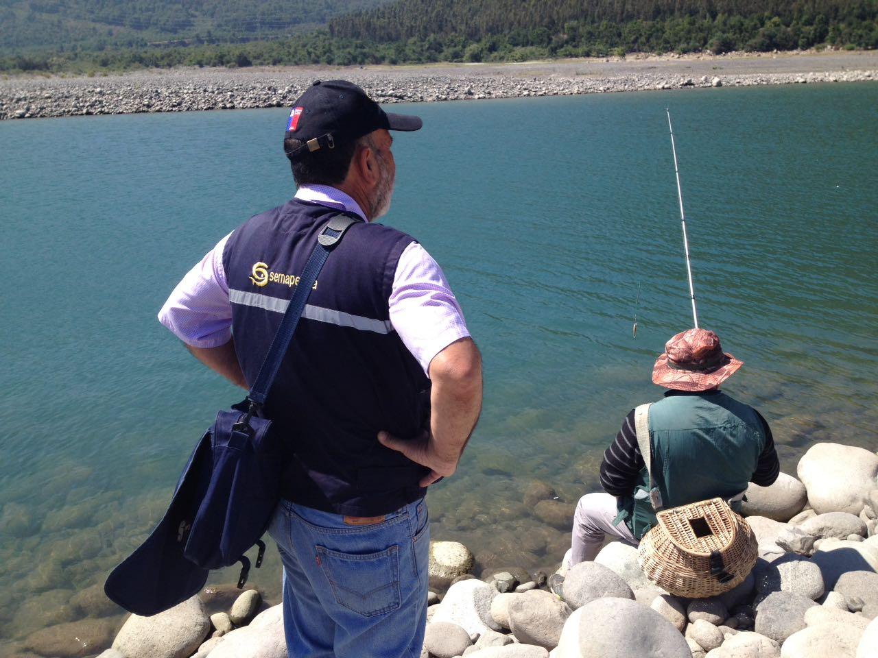 Sernapesca Maule intensifica fiscalización sobre pesca recreativa ante aumento de actividad en la región