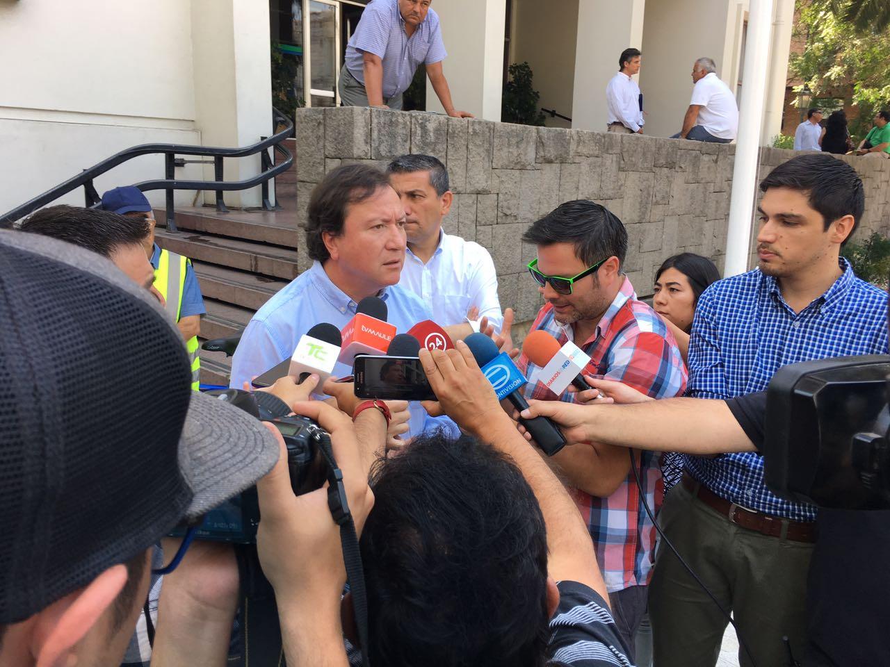 """Alcalde de Talca por suspensión de Sudamericano Sub-17: """"No permitiré que pasen a llevar nuestra ciudad"""""""