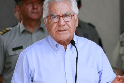 Fernández: Es lamentable que culpen a Conaf por un incendio de condiciones atmosféricas